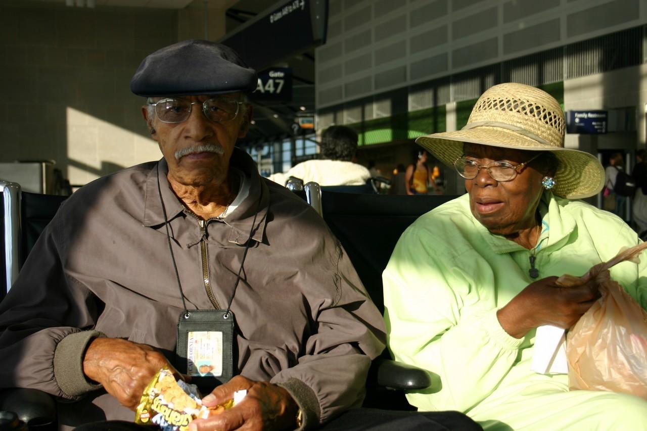 Coraz częściej poszukiwana jest opieka nad osobami starszymi